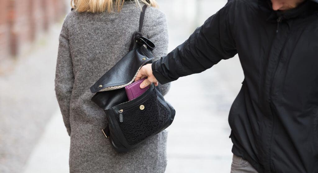 Tricks gegen Taschendiebe – So überlisten Sie die Ganoven